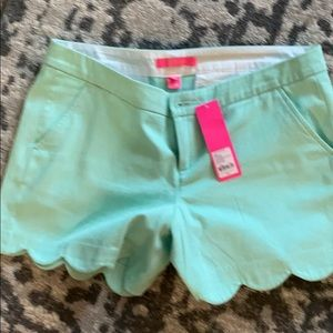 BNWT Lilly Pulitzer buttercup stretch shorts 10